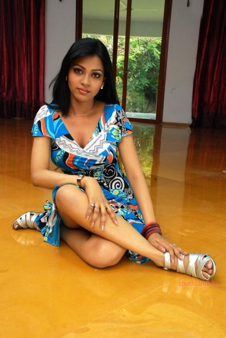 priya ahuja actress